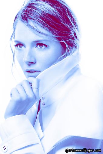 Sienna Miller V