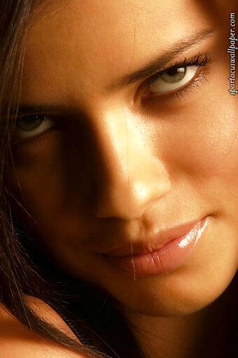 Adriana Lima V