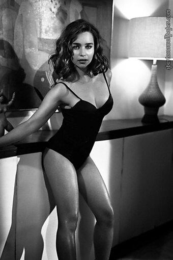 Emilia Clarke XIV