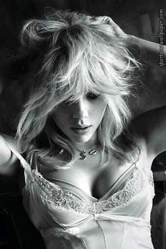 Scarlett Johansson X