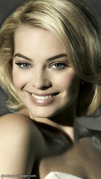 Margot Robbie V