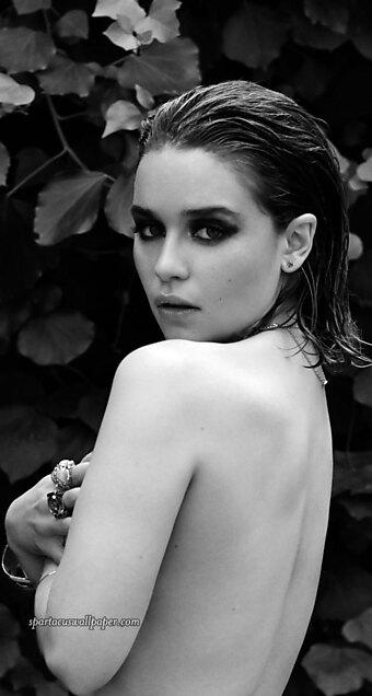 Emilia Clarke XXVI