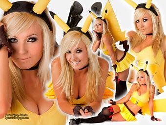 Jessica Nigri - Pikachu